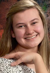Elizabeth Adamson, 2021 Scholarship recipient